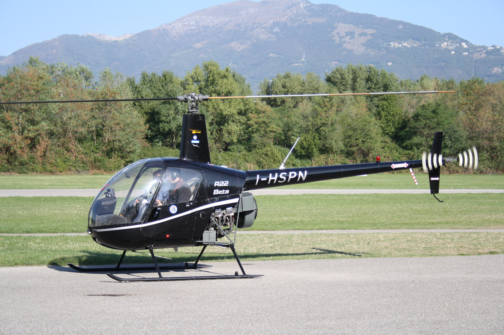 Elicottero R22 : R beta helispin s r l